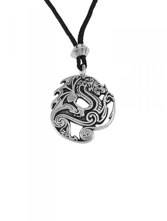 This pendant brings us to a time of heroism and valor.